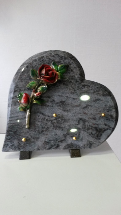 marbrerie conception de monuments fun raires et objets de d coration. Black Bedroom Furniture Sets. Home Design Ideas